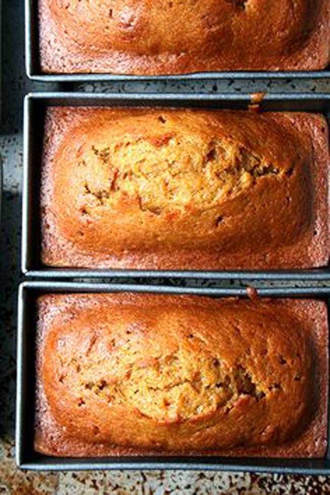 super-delicious-pumpkin-bread