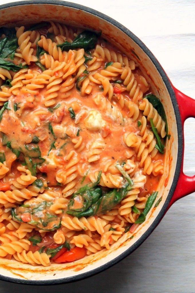 tomato-mascarpone-one-pot-pasta