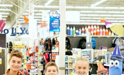 Great ideas for giving back to the community with your kids as they head back to school. From backpacks and classroom supplies, teacher gifts and more, these tips will inspire your family to think of other activities and ways to help others during the fall and back to school season. AD #Meijer @Meijerstores #backtoschool #giving #helpingothers #backpacks #schoolsupplies #teachergifts #classroom #kids